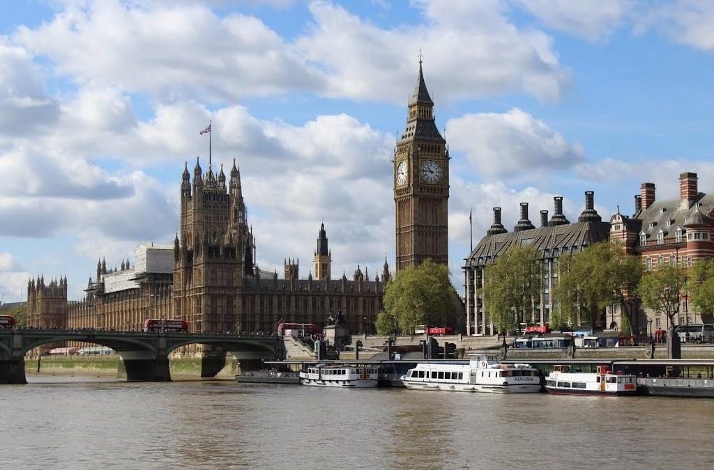 Libros que debes leer antes de viajar a LONDRES