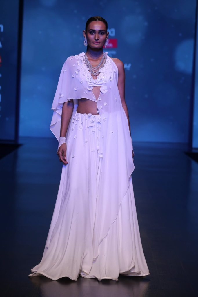 Collection by Wendell Rodricks at FDCI AIFW AW 2018 (1)