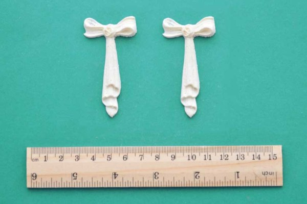 Small Bow Drops x 2 Resin Moulding
