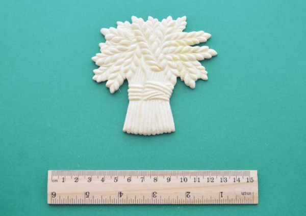 Wheat Sheaf Resin Moulding