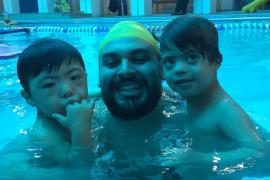 Professor de natação fala sobre os benefícios do esporte