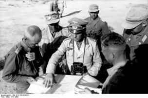 Nordafrika, Rommel u. Generalmajor v. Bismarck