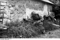 Frankreich, Fallschirmjäger mit Panzerabwehrwaffe