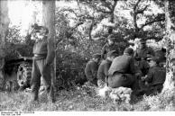 Frankreich, deutsche Soldaten bei Rast