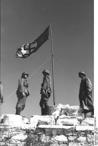 Athen, Hakenkreuzflagge auf der Akropolis