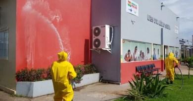 Prefeitura faz higienização e desinfecção de UBS's, hospitais, ruas e paradas de ônibus de Macapá