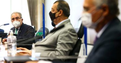 Brasil precisa fortalecer produção de insumos, diz Queiroga em CPI