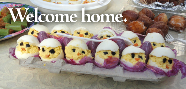 Potluck Deviled Eggs that Look Like Baby Chickens