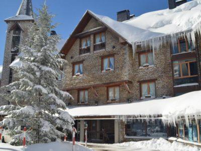 Hotel La Pleta 5* (Baqueira-Lleida-Tredos) - Pirineo Catalan