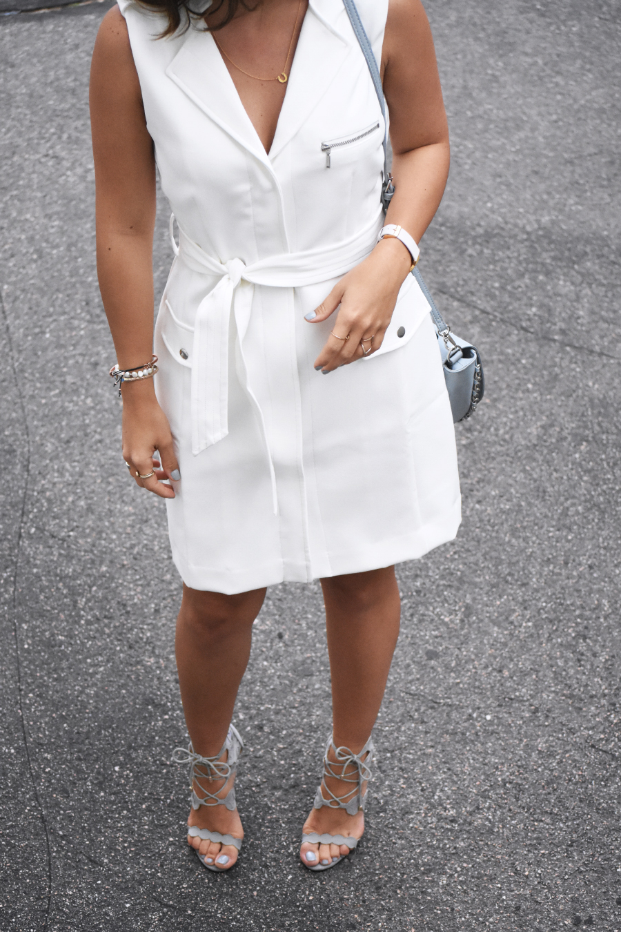 BAR III white shift dress with zippers