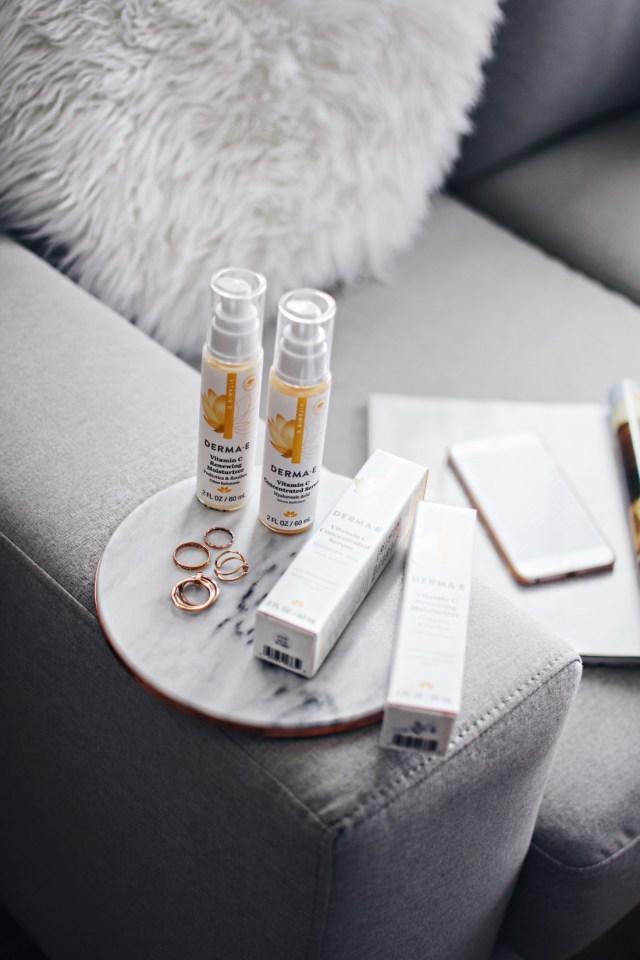 Start Studded style secrets Babbleboxx- DERMA E Vitamin C serum and moisturizer
