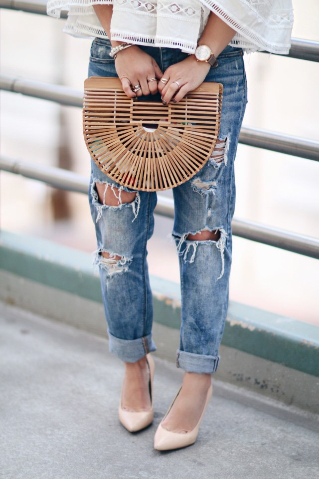 Carolina Hellal wearing a Cult Gaia ark bag, Topshop boyfriend jeans, Sam Edelman nude pumps and Marc Jacobs watch