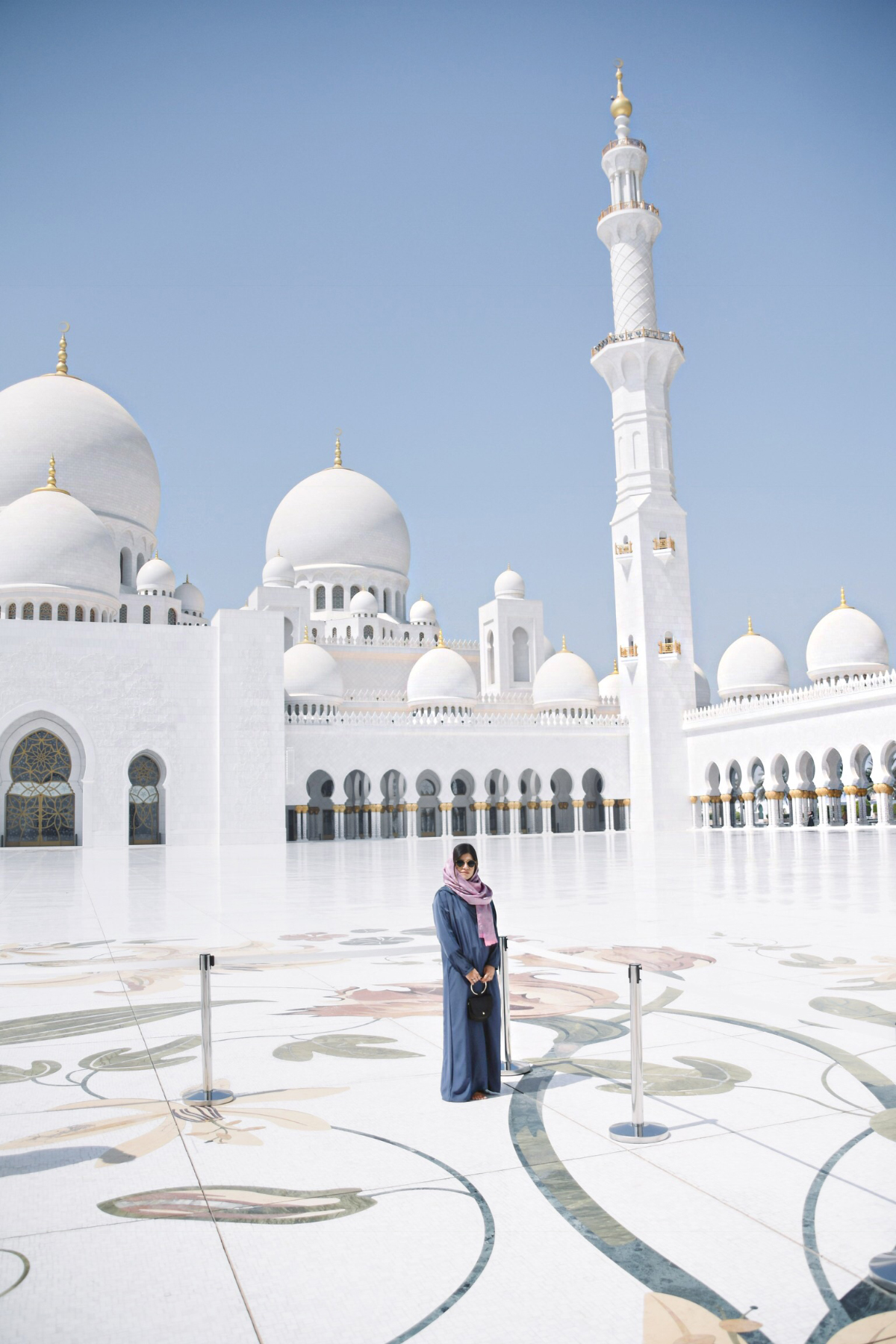 Carolina Hellal of Chic Talk at Sheikh Zayed Mosque Abu Dbahi