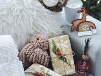 CRACKER BARREL GIFTS FOR HER by popular Denver style blogger Chic Talk