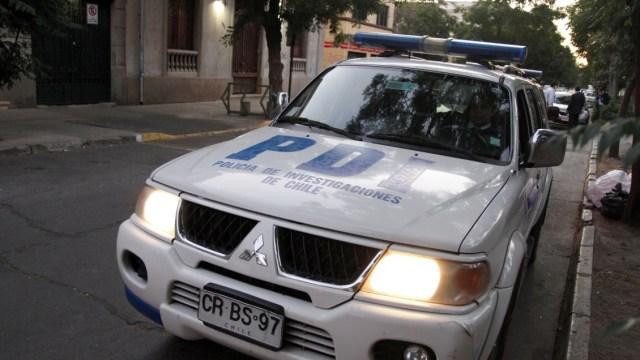 PDI indaga hallazgo de cadáver en un canal de regadío en Lampa