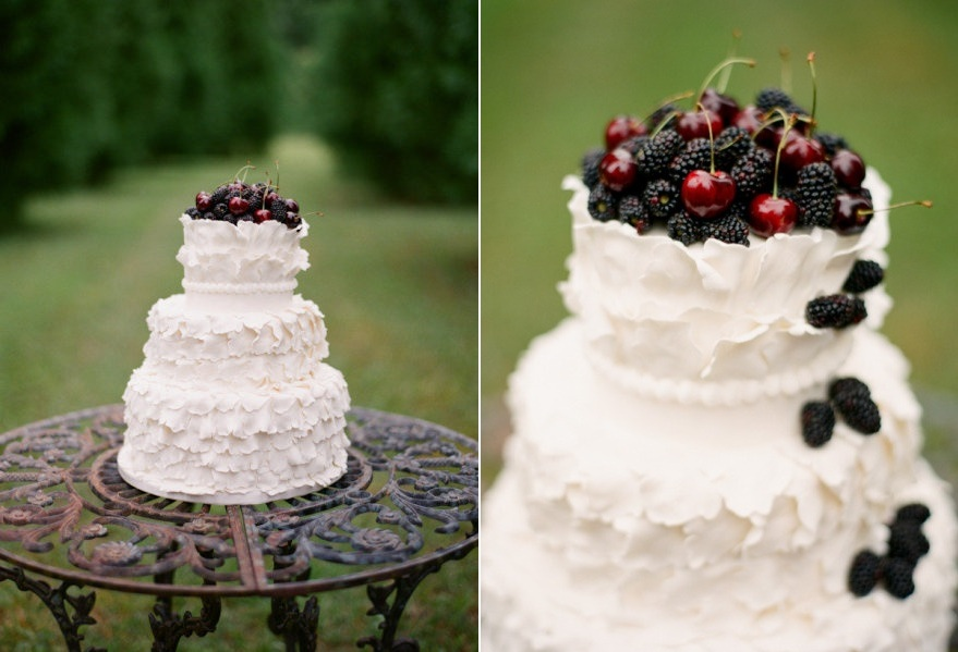 DIY Fresh Fruit Wedding Cake Topper   Chic Vintage Brides   Chic     DIY Fresh Fruit Wedding Cake Topper