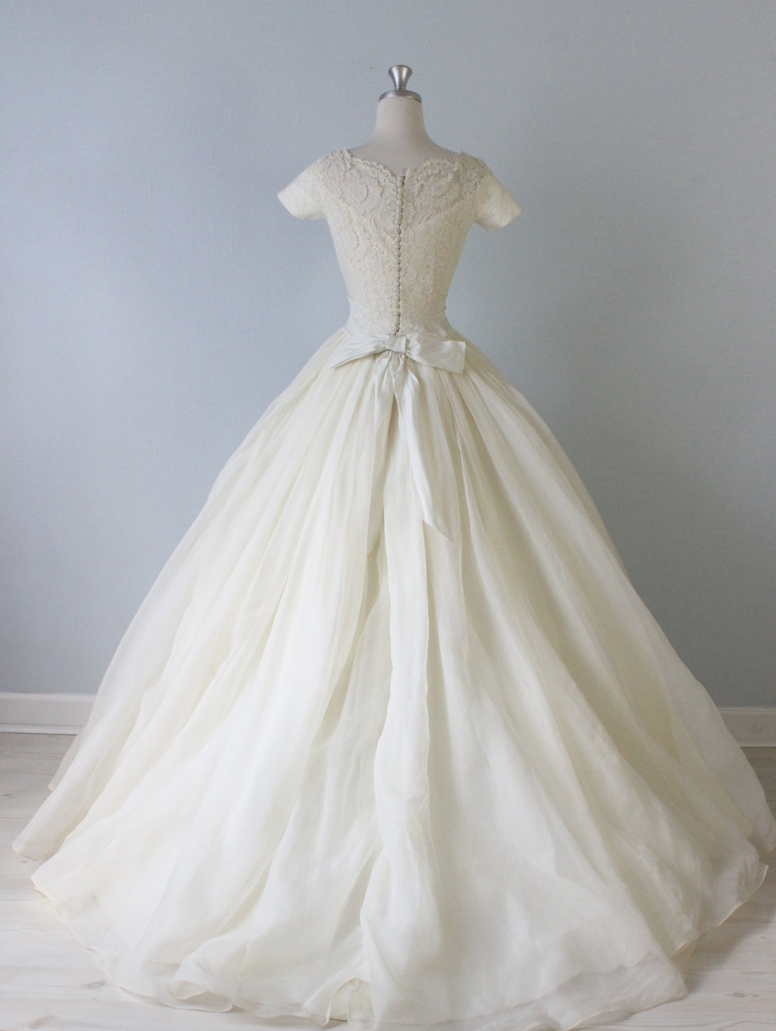 Vintage Wedding Dresses From The Vintage Mistress Chic