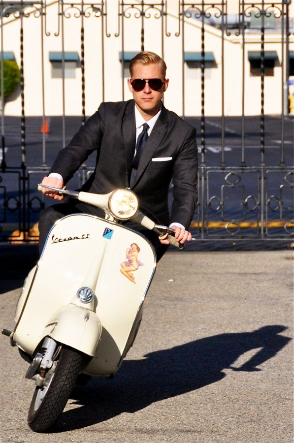 10 Ways to Style Your Groom Vintage - Vintage Wheels