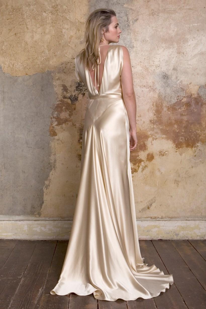 Old Hollywood Inspired Wedding Gowns   deweddingjpg.com