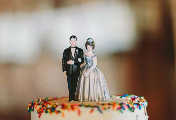 20 Delightful Wedding Cake Ideas For The 1950s Loving Bride Chic