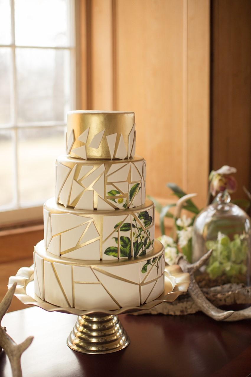 Modern Vintage Green & White Wedding Cake - Chic Vintage ...