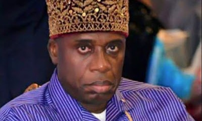 Angry Nigerians Embarrass Rotimi Amaechi At A Function In Abuja (Video)
