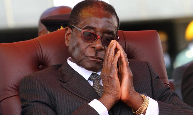 Robert Mugabe auctions off 40 of his cars over financial crisis