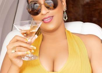 """Juliet Ibrahim toasts to """"douchebags"""" and """"a**holes"""" after her ex Iceberg Slim said """"Na cheat I cheat, I no kill person"""""""