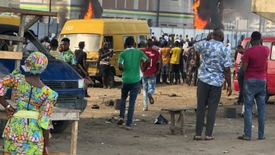 #EndSRS: Orile Police set ablaze by hoodlums as protest intensifies (Video + Photos)