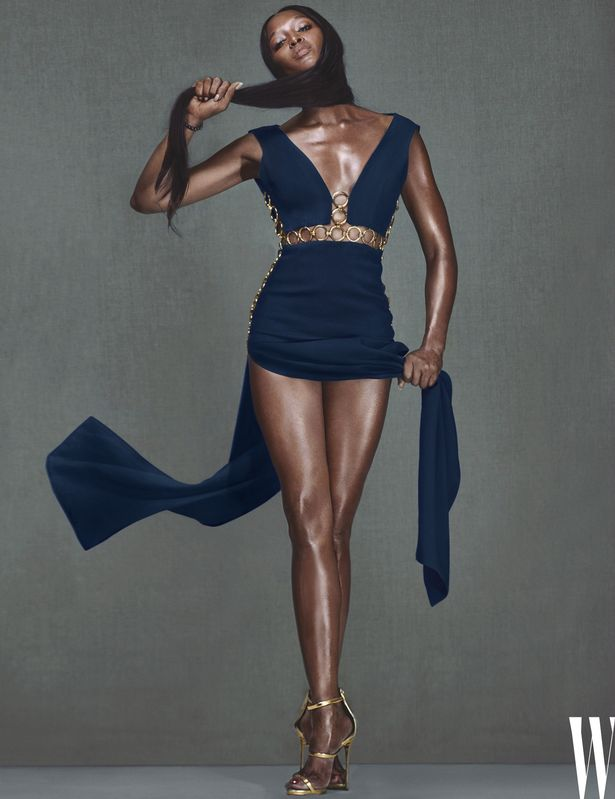 ONE-USE-ONLY-Naomi-Campbell (1)