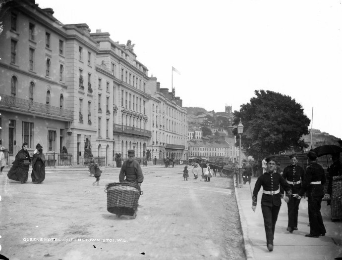 https://www.flickr.com/photos/nlireland/8141082551/