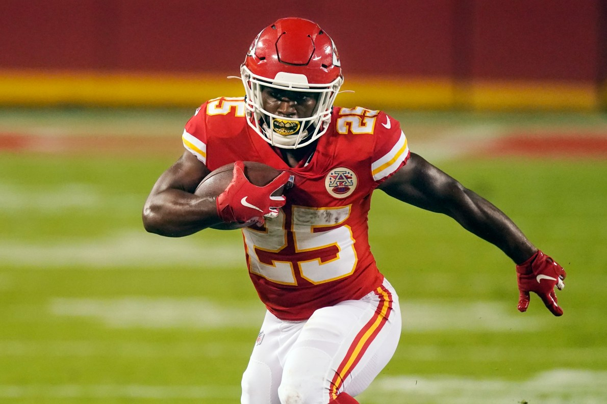 Chiefs RB Clyde Edwards-Helaire presents impossible task for defenses
