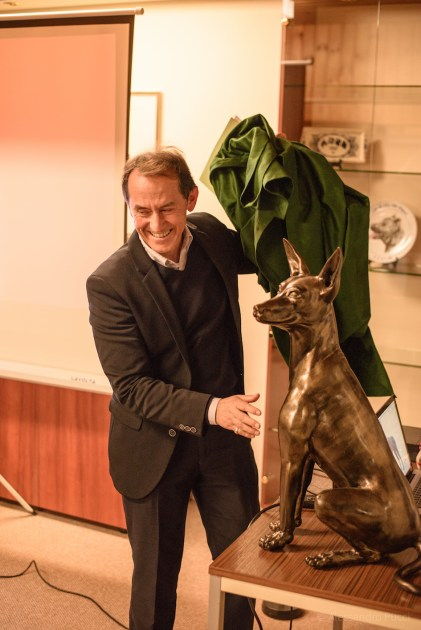 Pedro Santiago Allemant - Movie Director and a sculpture of a Peruvian Dog from the Peruvian artist Diego Manchez Raymondi. Photo by Alessandro Pucci