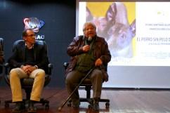 """Alberto Quintanilla – Pintor y escultor peruano (ENSBAP - Escuela Nacional Superior Autónoma de Bellas Artes del Perú (1958) y École des Beaux Arts de París (1968)) - Autor de """"El Perro enamorado de la Luna"""" y personaje del filme."""