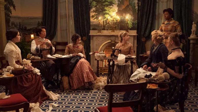 Il trailer di Dickinson 3: la serie Apple su Emily Dickinson con Hailee Steinfeld ed Ella Hunt