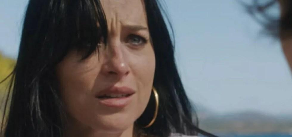 Il trailer di The Lost Daughter con protagoniste Olivia Colman e Dakota Johnson