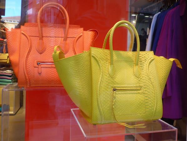 Celine-python-jaune-neon.JPG