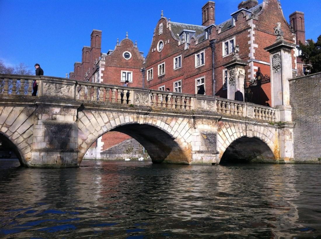 salle d'alchimie à Poudlard/ promenade en barque à Cambridge