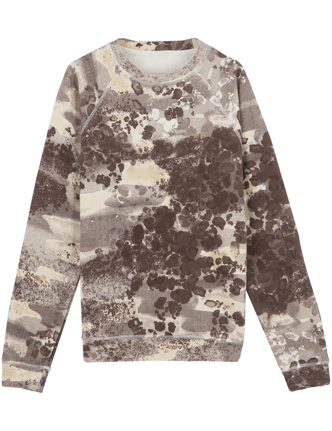 Gilet Gat Rimon chez la Redoute / Sweat-shirt Roseanna pour Monoprix / Robe Margaux Lonnberg chez Shopnextdoor / Nike Rosherun chez les 3 Suisses