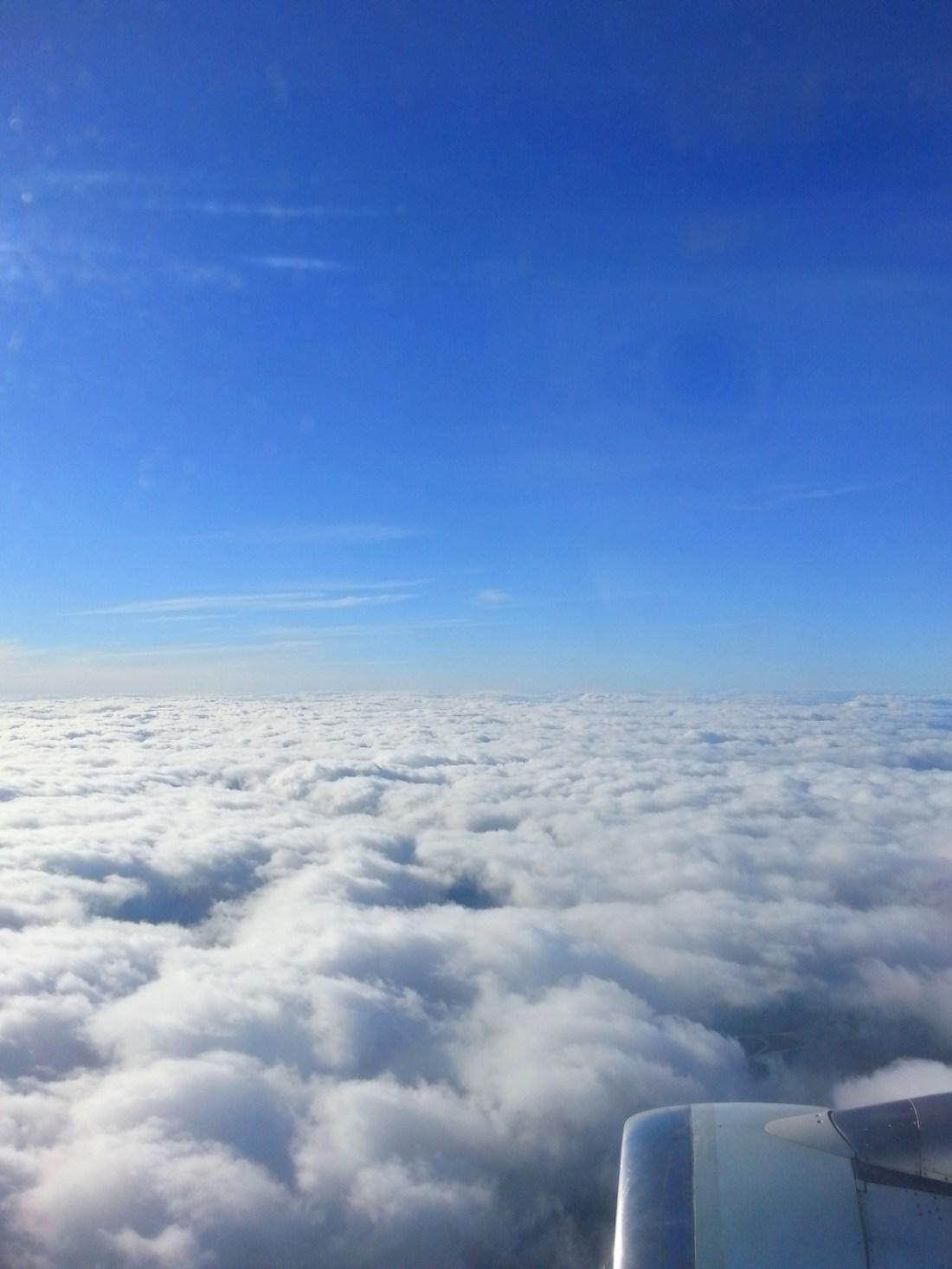 photo au dessus des nuages