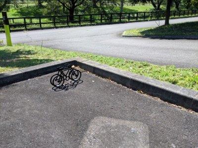 ハラミュージアムアーク自転車