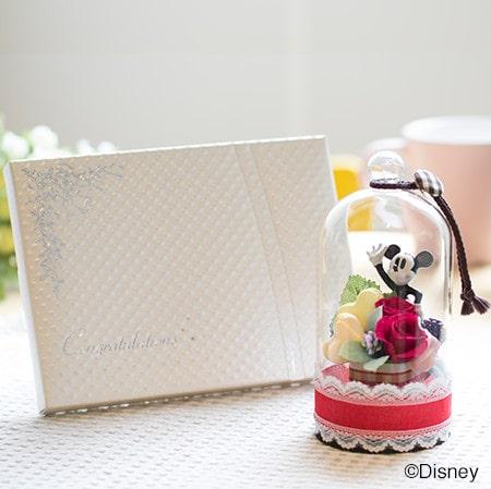 ハート電報の「ラブリードーム(ミッキーマウス)+キラキラHAPPYBOX電報プレシャスホワイト」