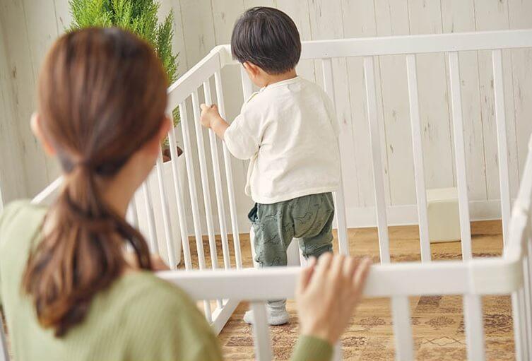 【口コミや評判】KATOJI(カトージ)のベビーゲート、サークルの使い方、安全面は考慮されているのか?