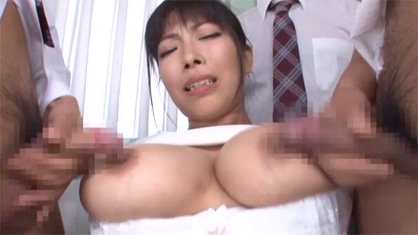 先生の乳首をチ●ポで満たす!