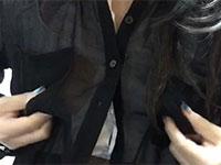 超肥大したデカナガ乳首を薄いシャツの上から摘んで弄る最高の自画撮り乳首弄り動画!