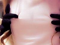 神動画!酔って帰宅した女の子がエアリズムの上から勃起乳首を弄ってチクニーする様子をツイッターで連投!