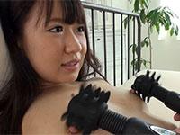 かなり乳首の感度が良さそうな茉莉ひなちゃん主演「乳首をムギュっと震えイキっ 超敏感勃起ビーチクねじ回しSEX」が動画配信開始!