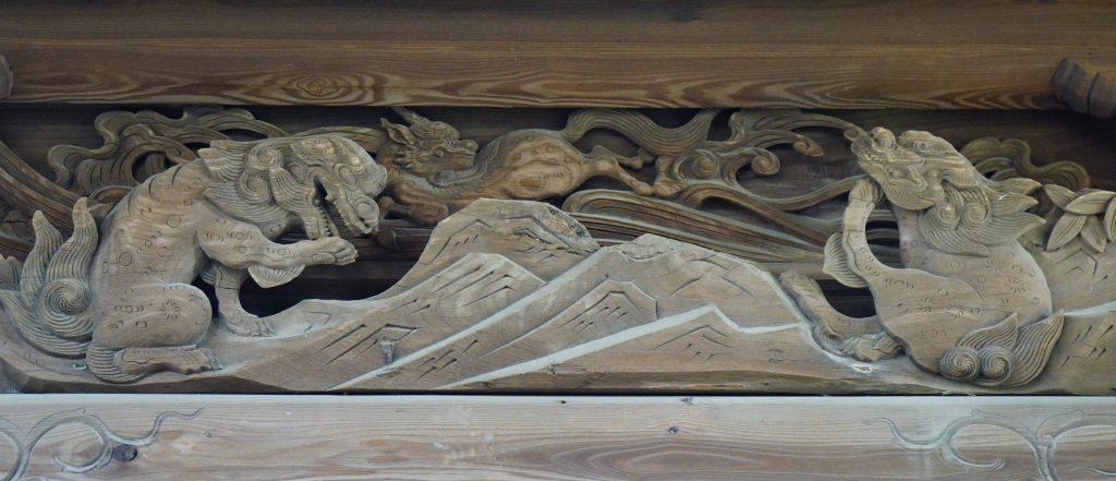 福岡県大牟田市歴木173 天満宮 神殿の彫刻 猫のような獅子