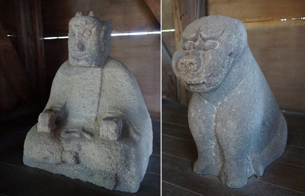 福岡県柳川市三橋町藤426-3 風浪神社 髄神門内の石像 石製の狛犬