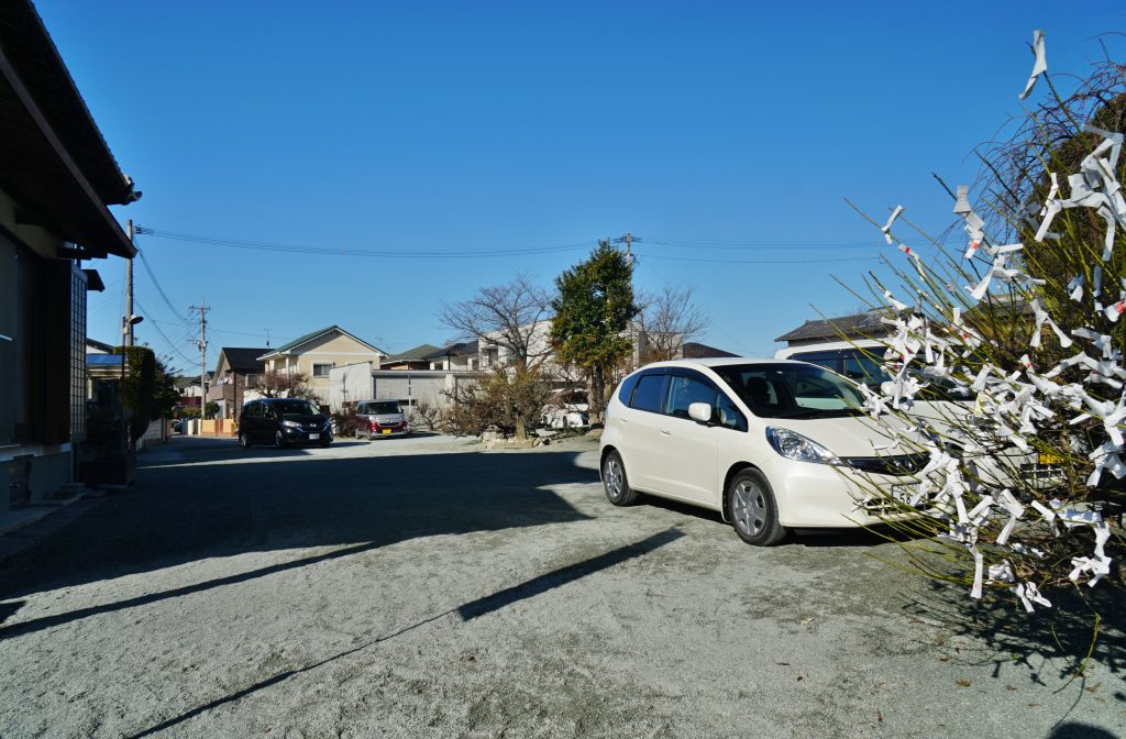 福岡県大牟田市鳥塚町88 三笠神社 駐車場 HondaFIT